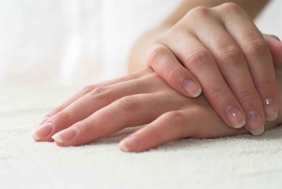 10-min Manicure